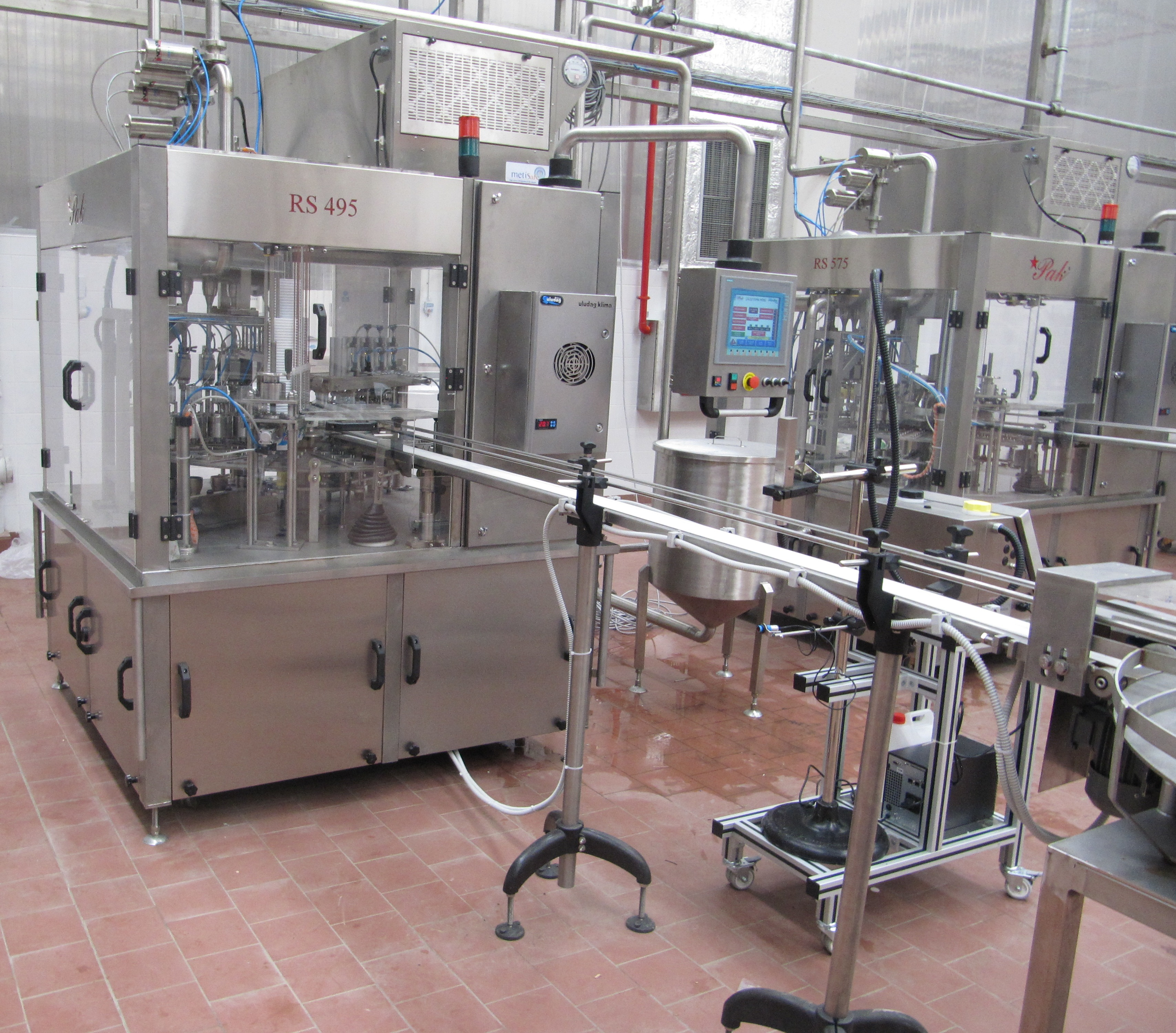RS 495 Bowl Filling Machine